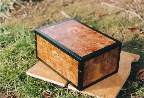 coffrets. Black Bedroom Furniture Sets. Home Design Ideas